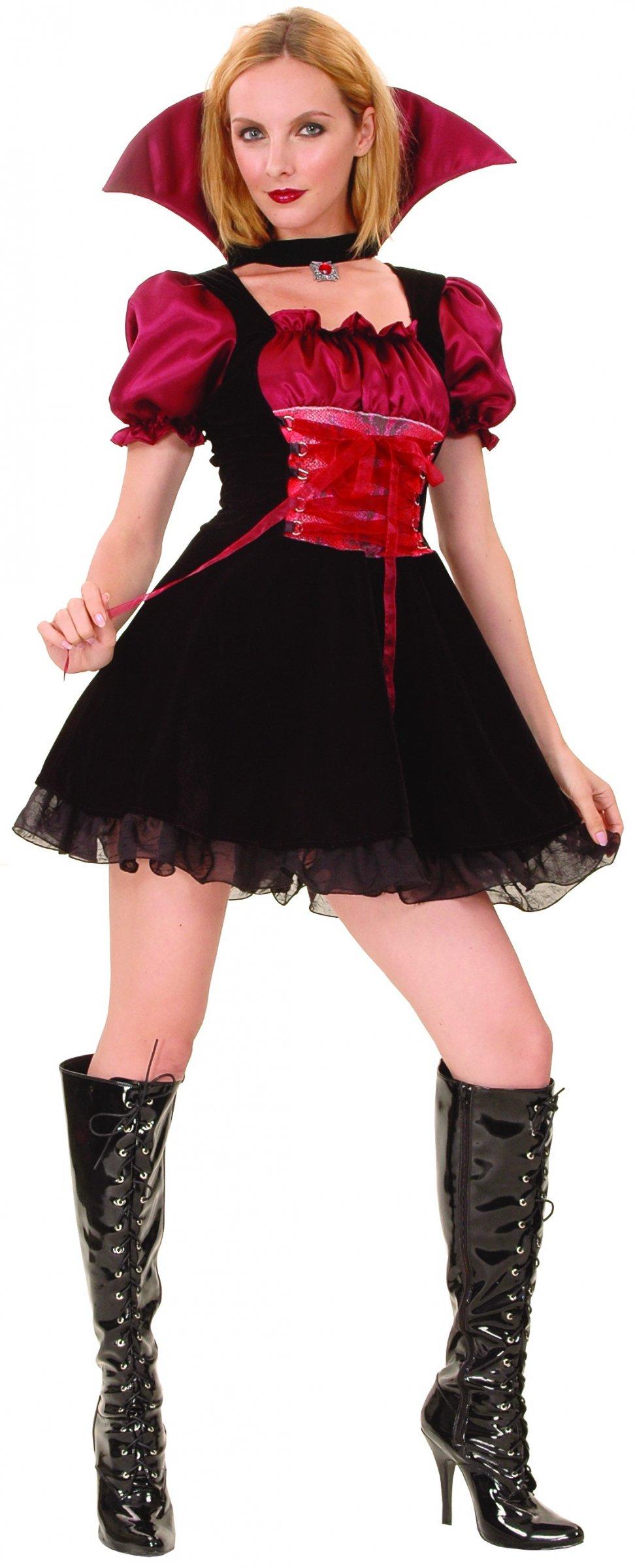 robe vampire halloween